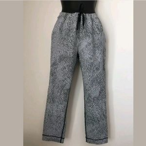 Lululemon Drawstring Yoga Pants Leggings Size 4